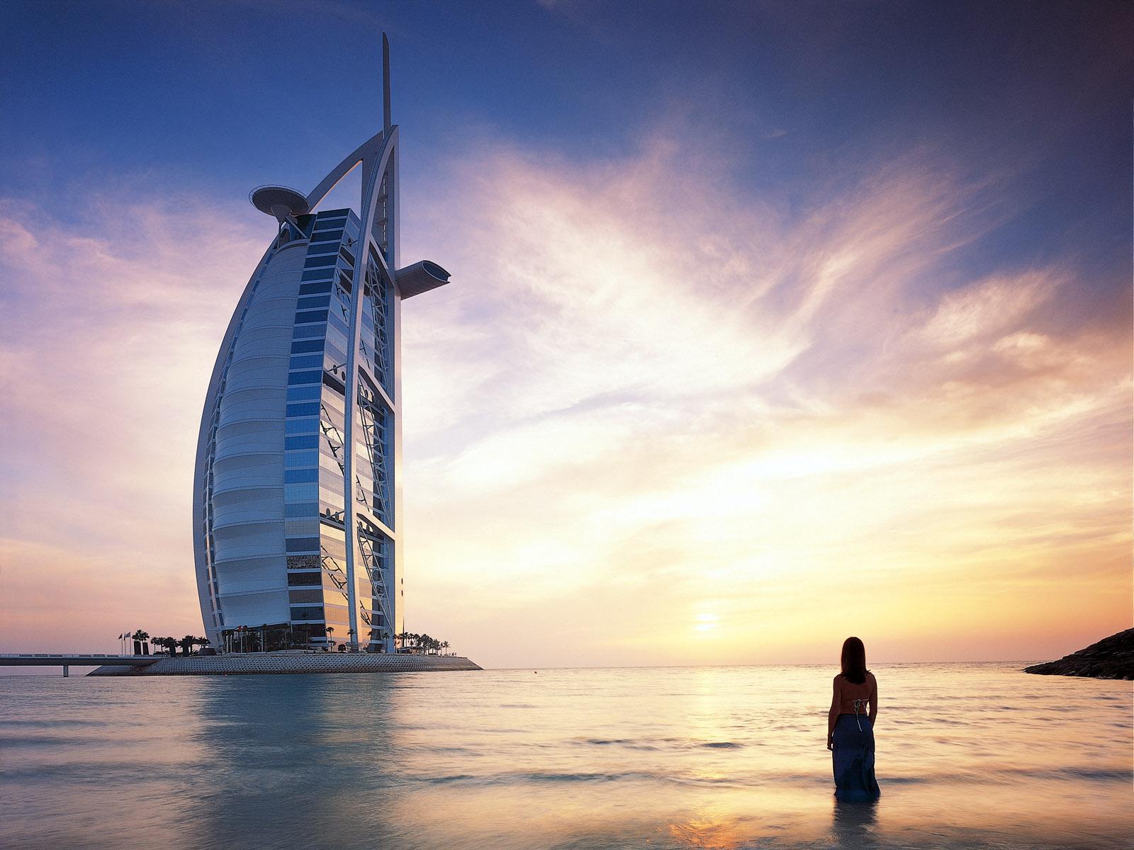 Fun facts about burj al arab arabic guy for The burg hotel dubai